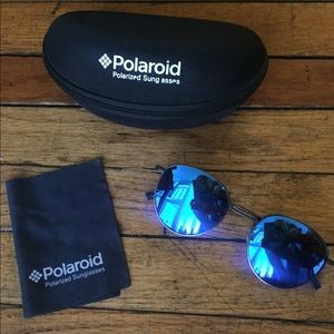 Polaroid round sunglasses w blue reflective lenses